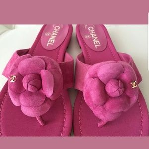 CHANEL CAMELLIA FLOWER FLIP FLOP SANDALS